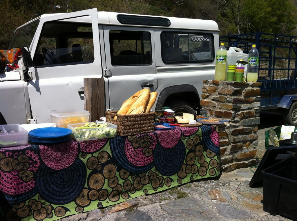 Picnic lunch on the trail, delivered by Land Rover