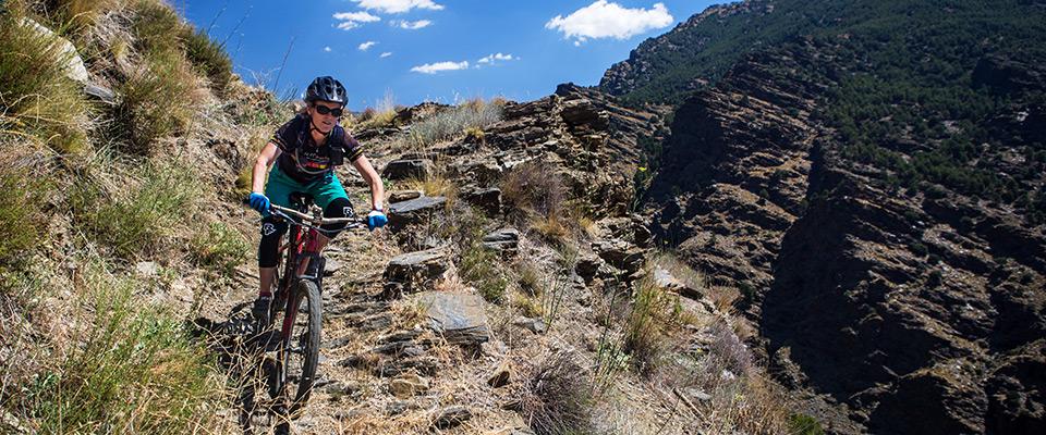 Singletrack descents: photo Chris Davies